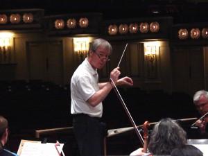 David Robertson leading Symphony in rehearsal of Mahler's Das Lied von der Erde