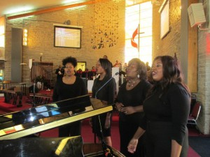 Sunday morning, Feb. 21, IN UNISON Scholars (left to right) Valencia Branch, Malena Smith, Maria A. Ellis, Charlene Masona sing at IN UNISON Church partner Union Memorial