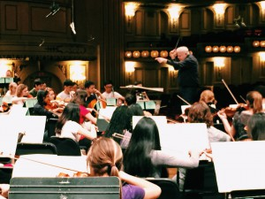 Leonard Slatkin conducts the St. Louis Symphony Youth Orchestra.